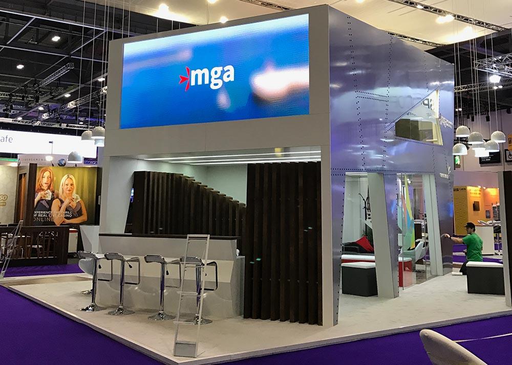 MGA17-10